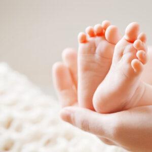 Babymassage bij na interventie bij de geboorte